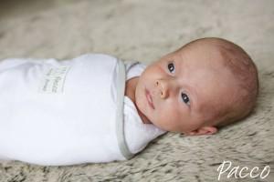 Baby pucken: Geben Sie Ihrem Baby Wohlbehagen, indem Sie es in den ersten Monaten pucken