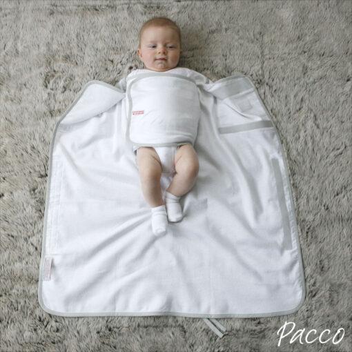 Baby sicher und richtig Pucken mit Pacco Piccolo Pucksack