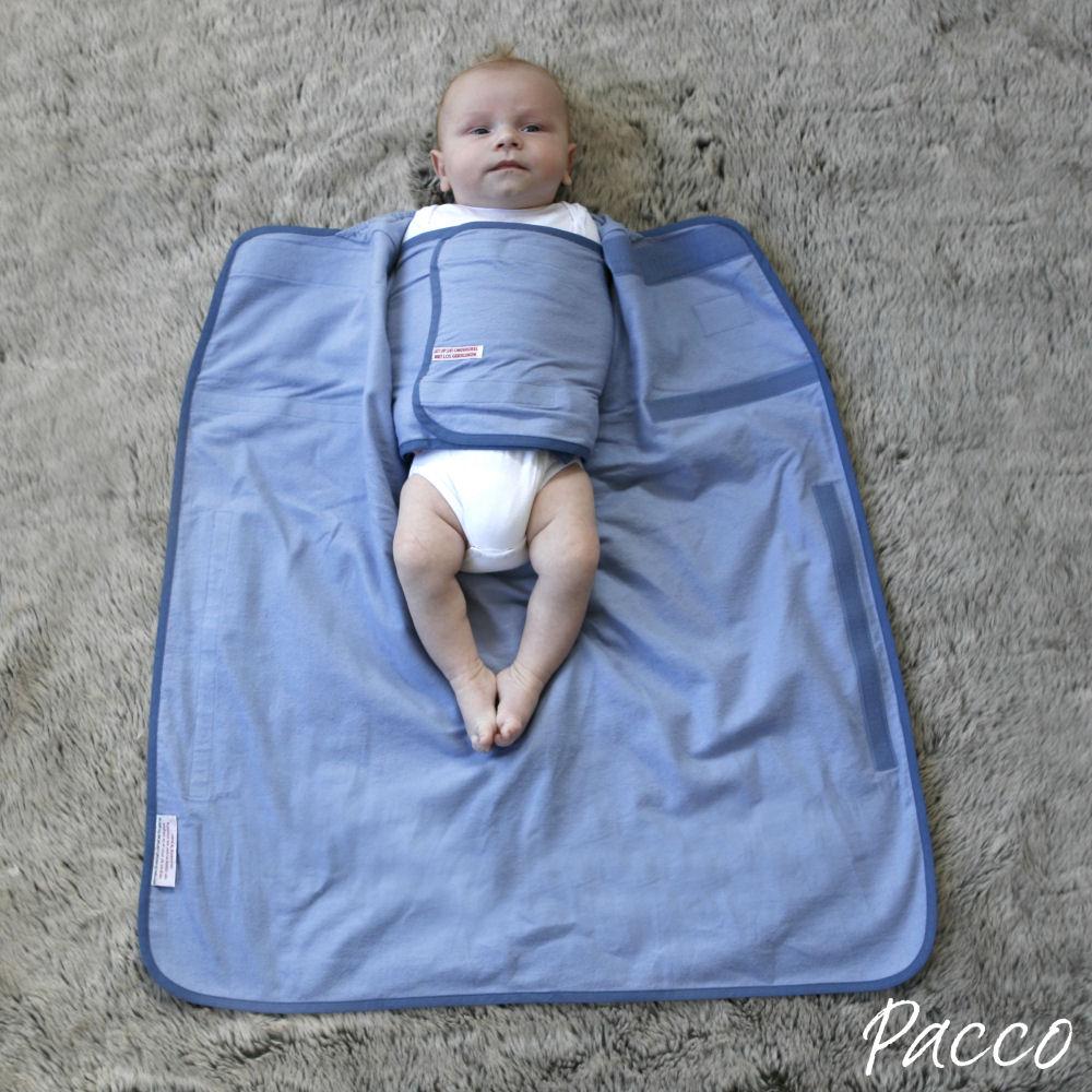 Baby-sicher-und-richtig-Pucken-mit-Pacco-Piccolo-Pucktuch-4