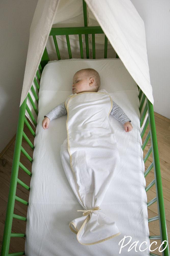Warum Baby älter als 6 Monate nicht mehr pucken?
