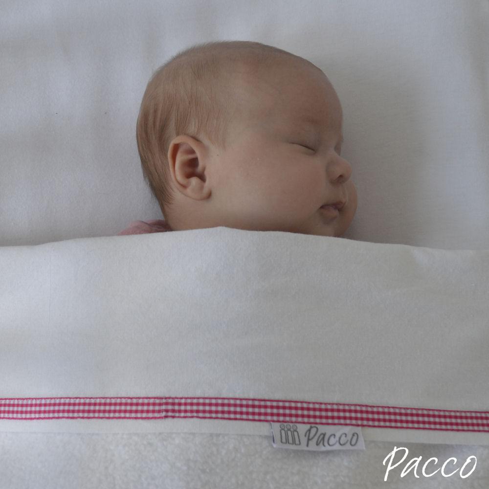 Pacco-laken-weiss-rosa-baby-bett-sicher-schlafen-4